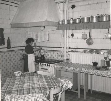 Verhalen van vroeger - Fotos van de keuken ...